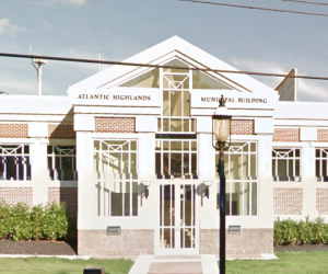street view of entrance to where Highlands Municipal Court is conducted
